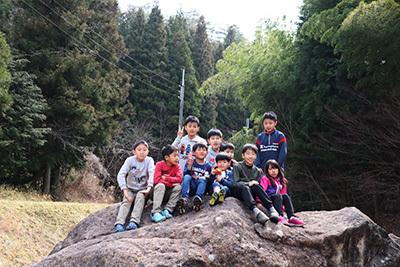 渓谷の森3日目_子供集合_5300.jpeg